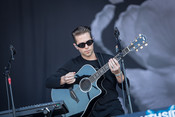 Fotos: The Naked and Famous live beim Southside Festival 2014