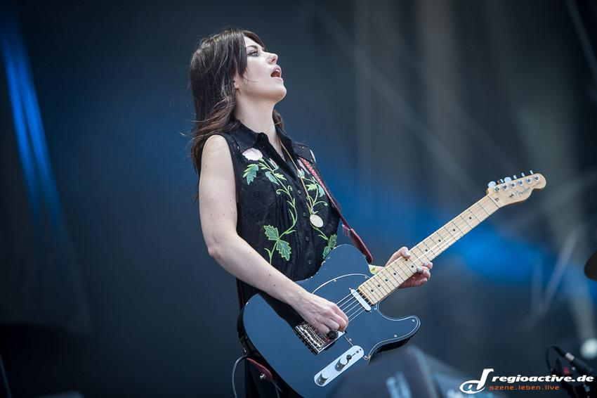 Blood Red Shoes (live beim Southside Festival 2014)